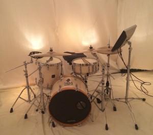 White Gretsch drums